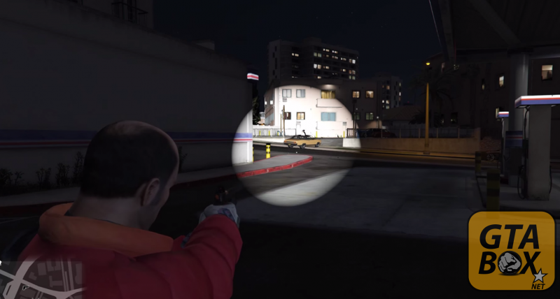 Использование фонарика с оружием