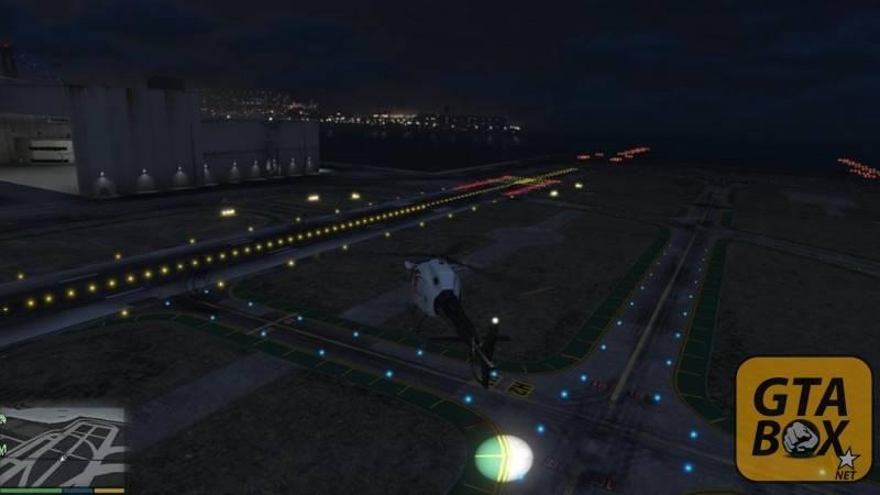 Police Maverick на аэродроме