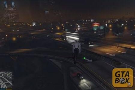 Прожектор на полицейском вертолете