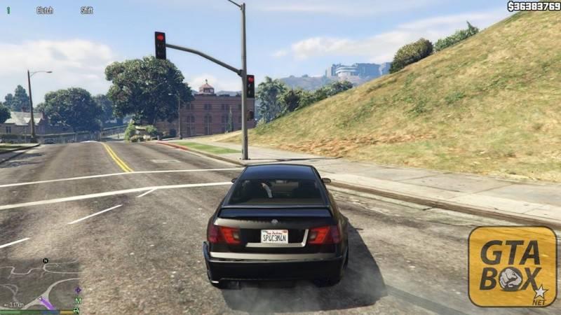 Франклин оставил машину на дороге