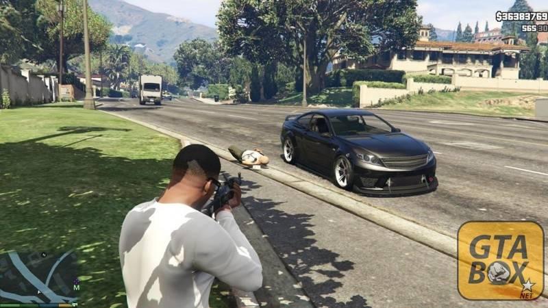 Франклин стреляет по жителям Лос Сантоса