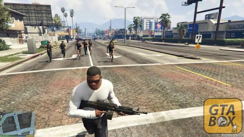 Перестрелка с уличными бандами в игре