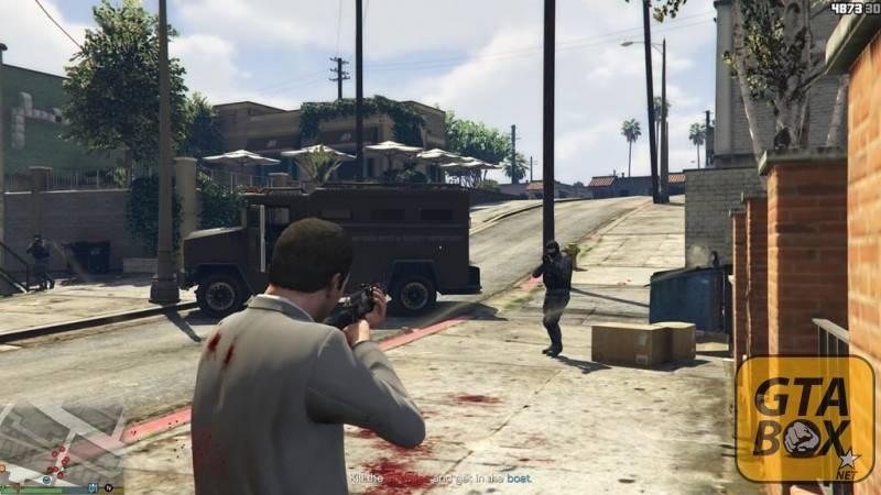 Майкл убивает агрессивного прохожего