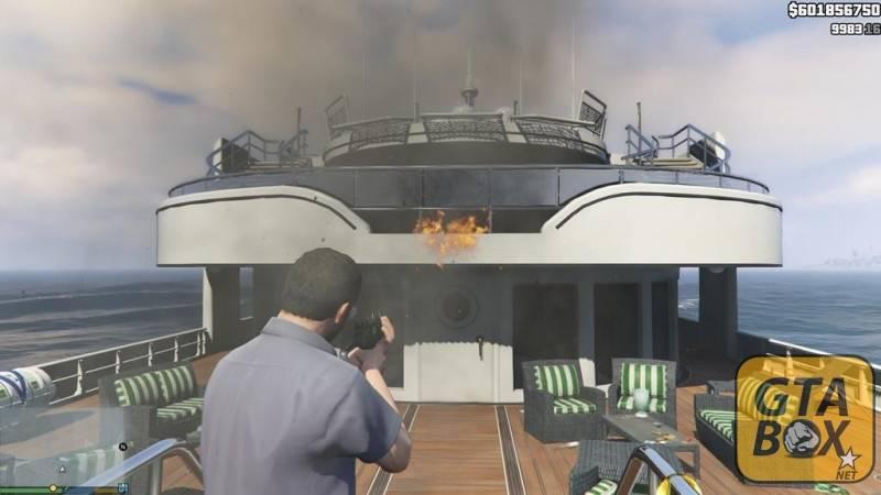Взрыв корабля около пляжа Лос Сантоса