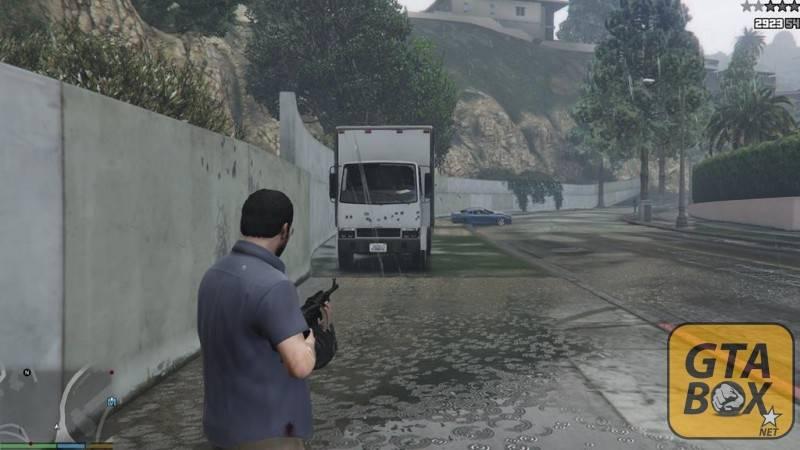 Вмятины от пуль на автомобиле