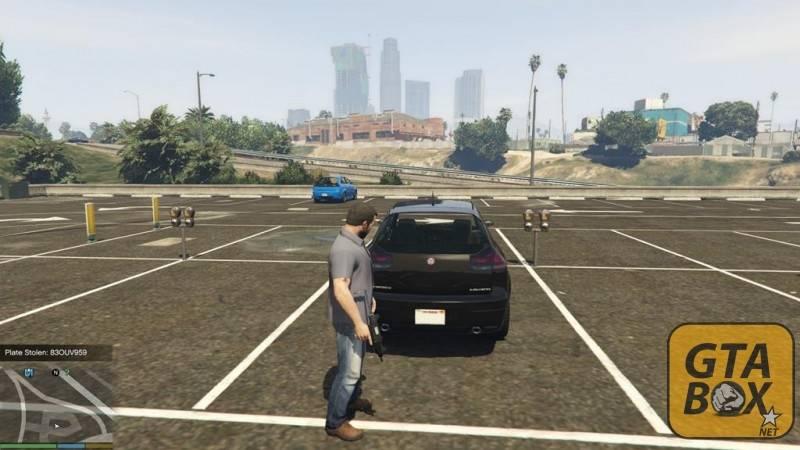 Майкл крадет номера с автомобиля